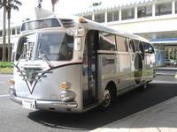 2007.04.23_disney bus.JPG